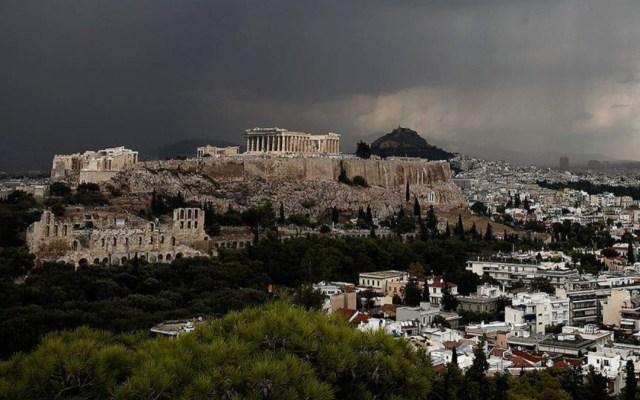 Cuatro lesionados por caída de rayo en la acrópolis de Atenas - rayo atenas lesionados
