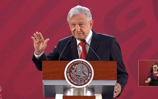 Hacienda y Banxico se quedaron cortos en proyección económica: AMLO - AMLO dando su palabra de que la economía crecerá más de lo pronosticado. Captura de pantalla