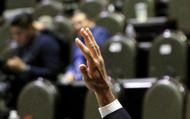 Aprueban diputados reforma laboral en lo general y particular - Foto de Notimex