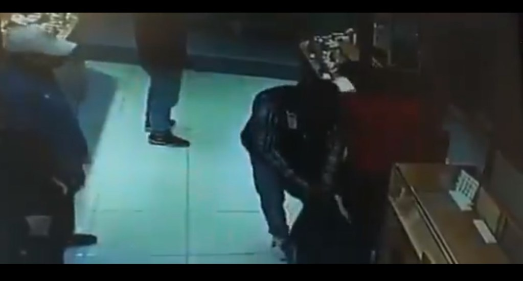 #Video Asaltan joyería en plaza comercial de Metepec - Captura de pantalla
