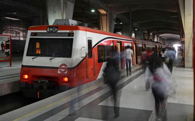Comando armado asalta taquillas del Tren Suburbano - Foto de @Suburbanos