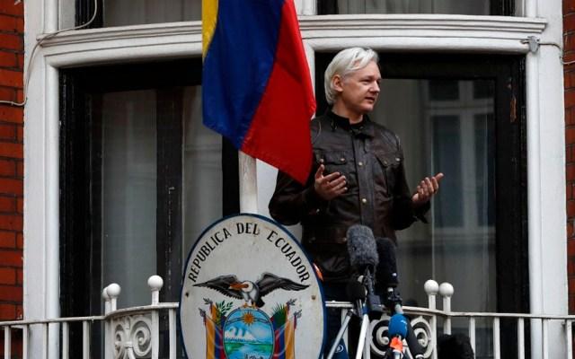 Retiran nacionalidad ecuatoriana a Assange - Foto de AFP