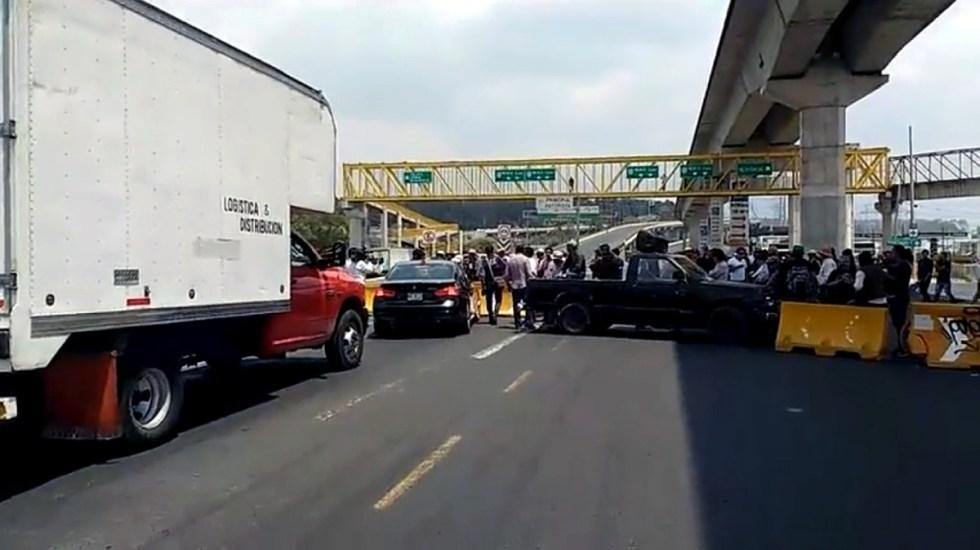 Manifestantes liberan la carretera México-Toluca - Foto de Milenio