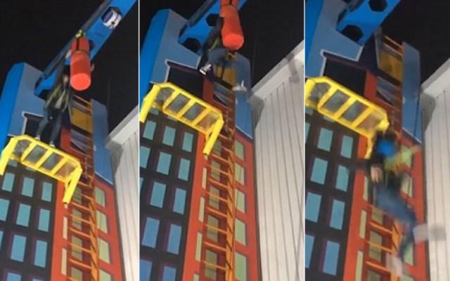 #Video Empleada de parque cae de juego de 10 metros de alto - Caída de joven de juego en Perú. Captura de pantalla