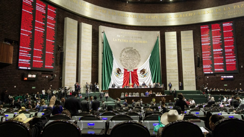 Congreso es el que decide sobre reforma educativa: oposición a López Obrador - Foto de Notimex