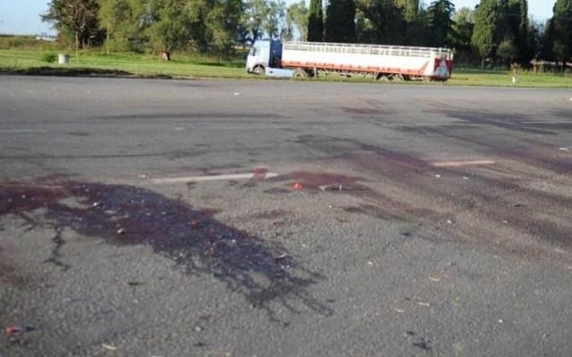Choque de dos autos deja ocho muertos en Argentina - Ruta nacional 7 tras choque. Foto de InfoCielo