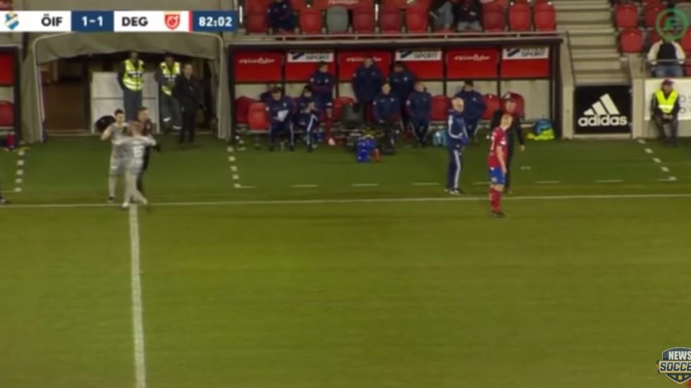 #Video Jugador sueco sufre una de las lesiones más rápidas del futbol - Captura de pantalla