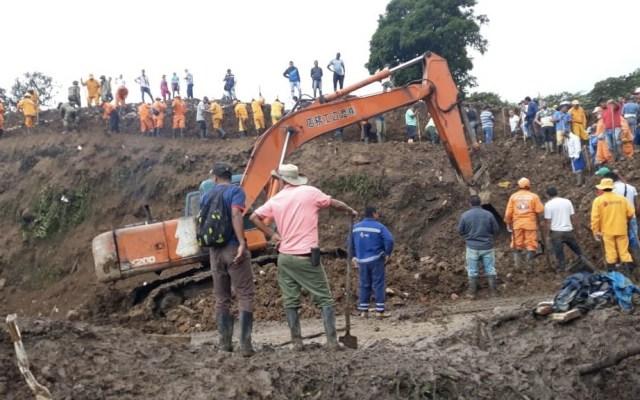 Aumenta a 28 el número de muertos por derrumbe en Colombia - Derrumbe Colombia Rosas muertos