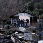 Deslave deja al menos 14 muertos en el suroeste de Colombia - Ocho viviendas resultaron dañadas por el deslave. Foto de @UNGRD