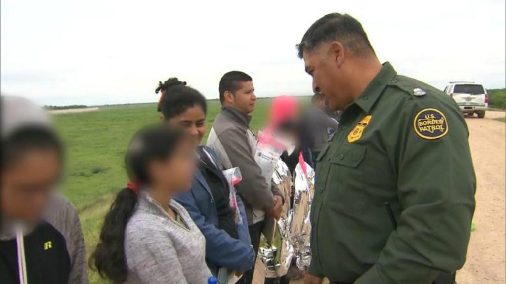 México condena intimidación a migrantes por milicias en EE.UU.. Noticias en tiempo real