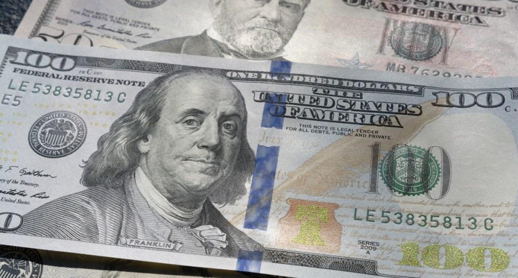 Dólar gana 14 centavos y cierra en 19.30 pesos. Noticias en tiempo real