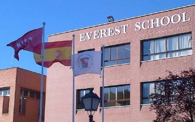 Se intoxican 120 alumnos y cinco profesores en escuela de Madrid - Everest School Monteclaro. Foto de @everestmonteclaro