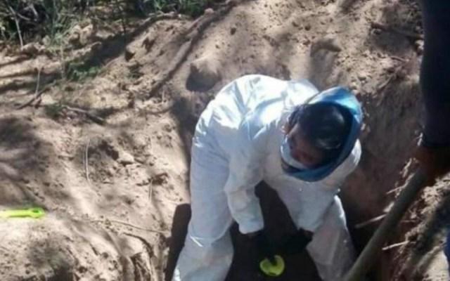 Recuperan 27 cuerpos de fosas clandestinas en Sonora - fosa clandestina sonora cuerpos