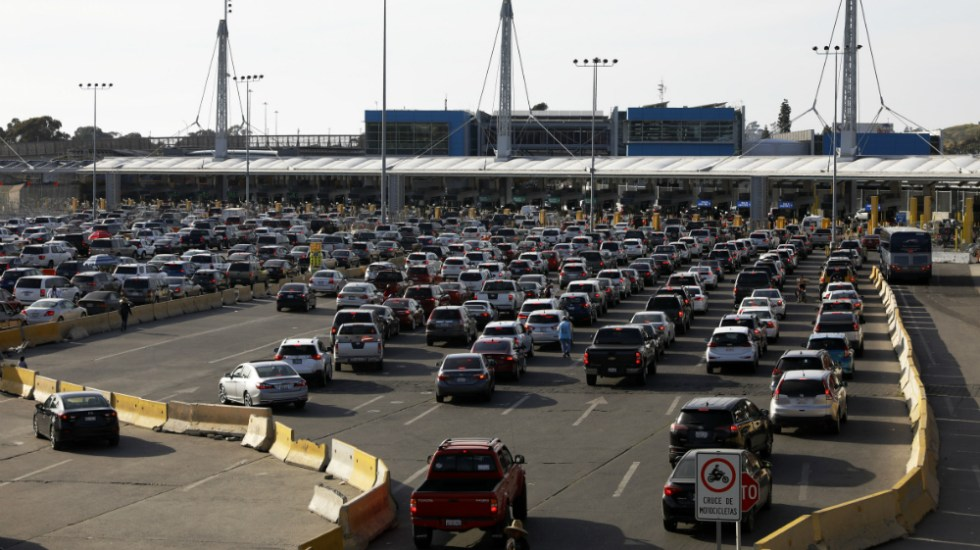 Pompeo y Ebrard discuten plan para restringir cruces entre México y EE.UU. por COVID-19 - Garitas frontera Mexico EEUU