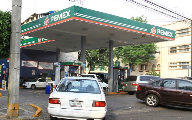 Culpa AMLO a gasolineros por altos precios en los combustibles - Foto de Notimex-Oscar Ramírez.