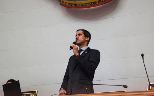 Guaidó podría ser detenido tras fallo que pide levantarle fuero - Foto de @jguaido