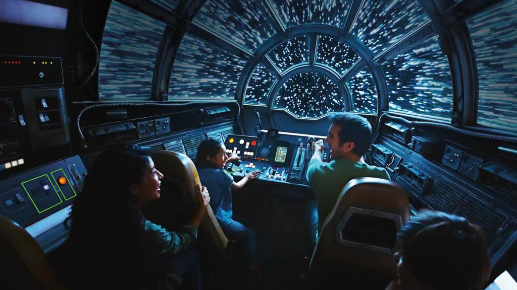 Atracción del Halcón Milenario. Foto de Disneyland