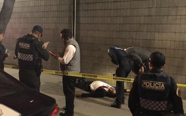 Encuentran cuerpo de hombre en Miguel Hidalgo - Foto de La Prensa