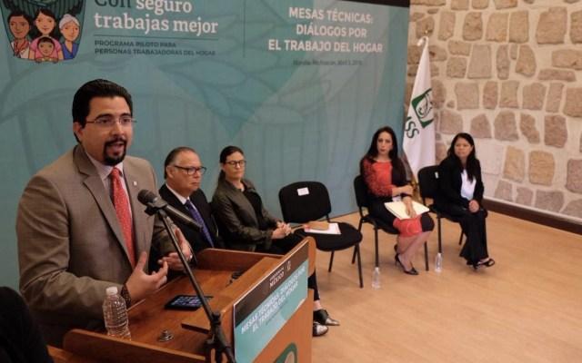 Analizan programa para dar seguridad social a trabajadoras del hogar - Foto de IMSS