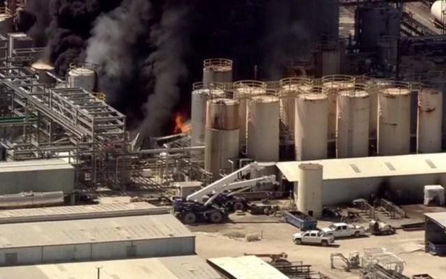 #Video Incendio en planta química de Texas - Captura de pantalla