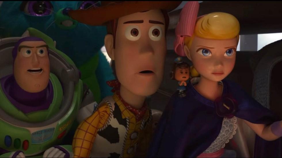 #Video Nuevo avance de Toy Story 4 - Juguetes contra gato. Captura de pantalla