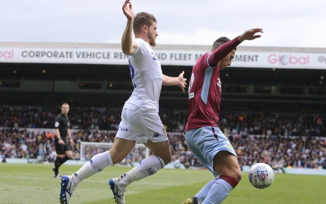 #Video Marcelo Bielsa ordena a sus jugadores dejarse meter gol - Leeds United Marcelo Bielsa