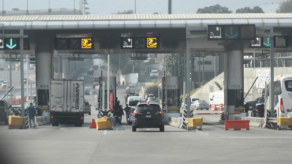 Tras más de 12 horas, manifestantes liberan caseta de Tlalpan - Caseta de cobro Tlalpan de la México-Cuernavaca