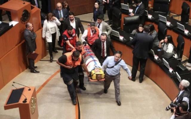 Senadora de Morena resbala en Salón de Sesiones y se golpea la cabeza - Foto de @RedMetropolita2