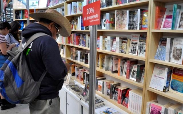 Disminuyen lectores de libros en México - lectores libros