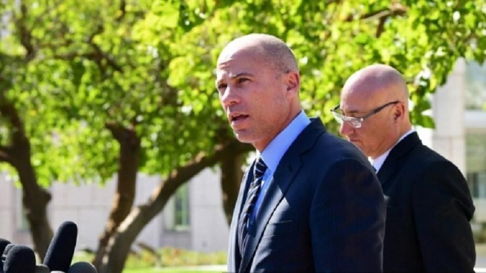 Imputan a abogado de Stormy Daniels por robo a sus clientes - Michael Avenatti. Foto de AFP / Frederic J. Brown