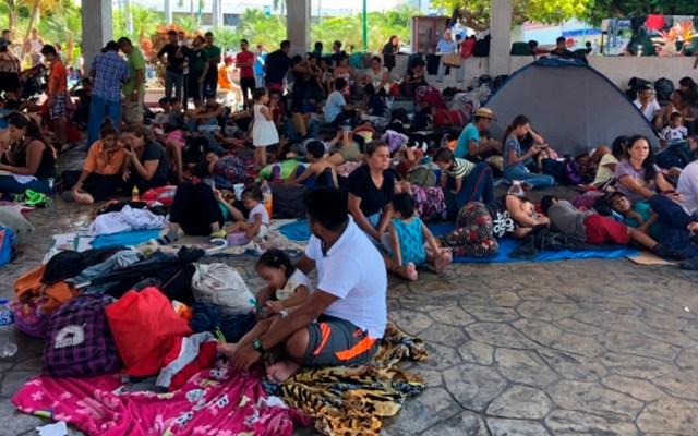 Caravana migrante avanza de Tapachula a Huixtla, Chiapas - Foto de Notimex