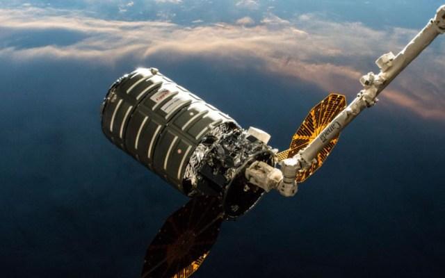 NASA abastece de comida a la Estación Espacial por Pascua - Nave Cygnus. Foto de @NASA
