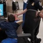 Patrulla Fronteriza encuentra a niño migrante abandonado en Texas - NIño migrante