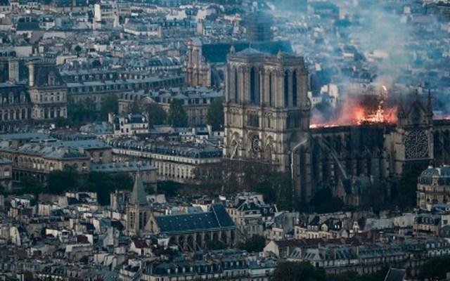 Preparan reconstrucción de catedral de Notre-Dame tras incendio - Foto de AFP