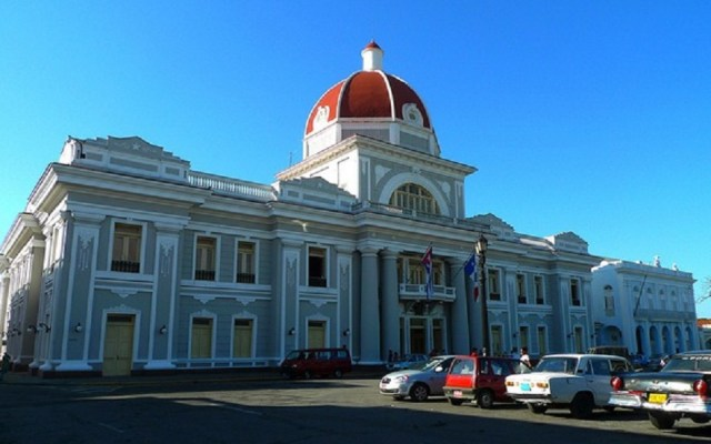EE.UU. endurece sanciones contra Cuba por apoyar a Maduro - Palacio de Gobierno de Cuba. Foto de Cienfuegos Patrimonio
