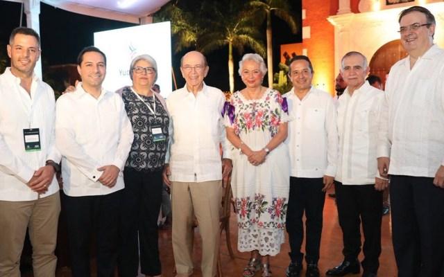 Inicia cumbre entre líderes y empresarios de México y EE.UU. en Yucatán - Participantes de la 'Convención U.S.- México CEO Dialogue'. Foto de @MauVila