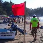 Turistas sufren mordeduras de serpientes marinas en playa de Nayarit
