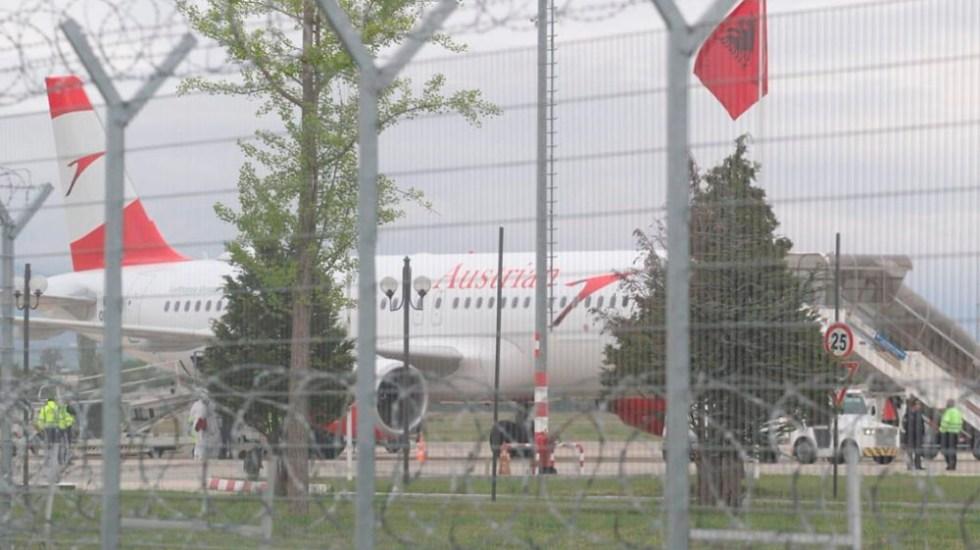 Comando armado roba 10 mde en aeropuerto de Albania - Foto de @VincentTriest