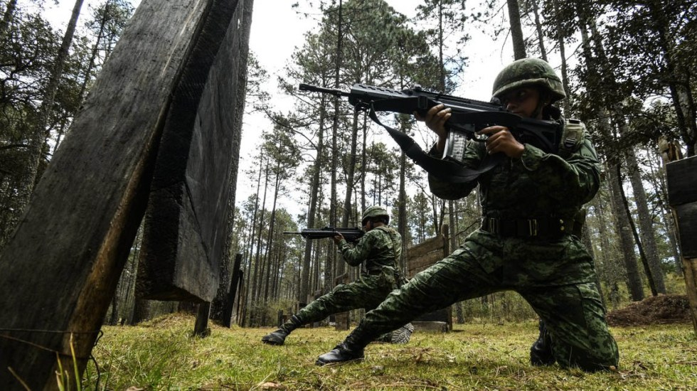 Militares aseguran 400 kilos de mariguana en Jalisco - Sedena Soldados elementos México mariguana