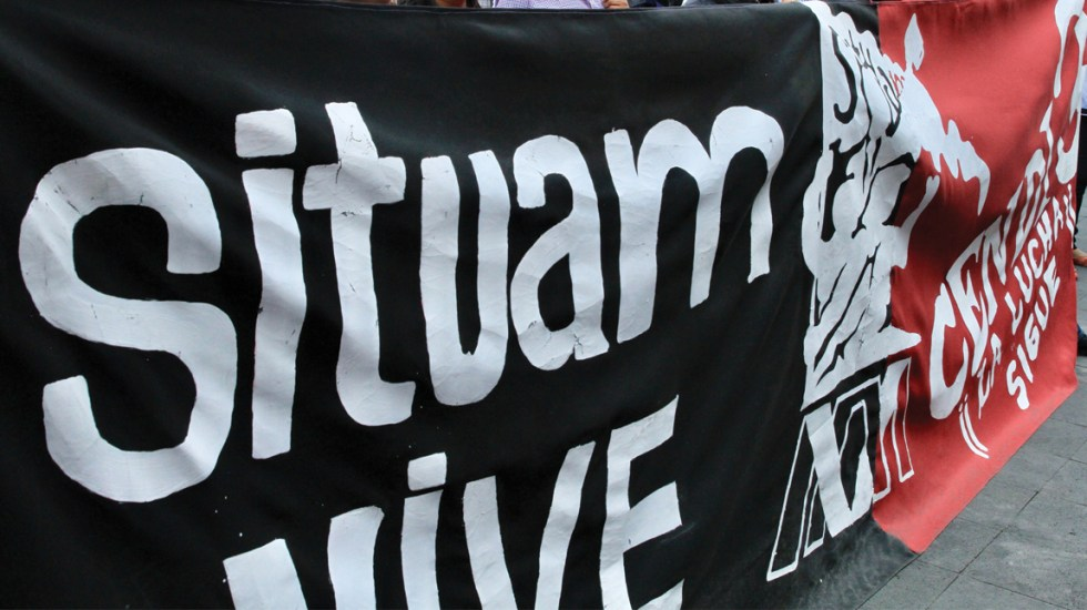 Consulta electrónica rechaza huelga en la UAM - bandera de situam UAM huelga