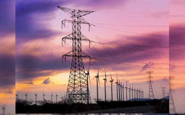 CFE descarta nuevos apagones o desabasto de energía - Torres eléctricas de CFE. Foto de @CFENacional