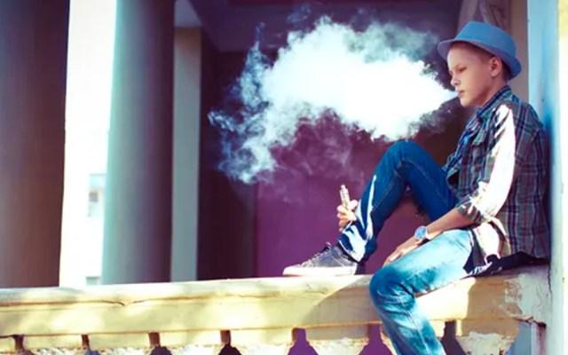 Cigarros electrónicos podrían provocar convulsiones: estudio - Fota de USA Today