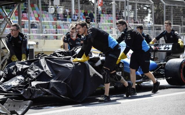 Alcantarilla daña un Williams y suspenden ensayos del GP de Azerbaiyán - Foto de AFP