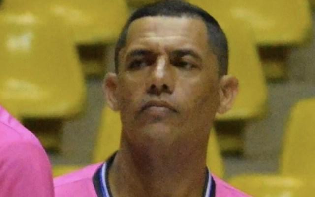 Árbitro en Brasil muere tras infarto en partido de futbol sala - Foto de UOL