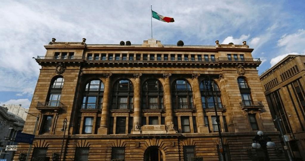 Banxico recorta perspectiva de crecimiento económico para 2019 - Foto de Forbes