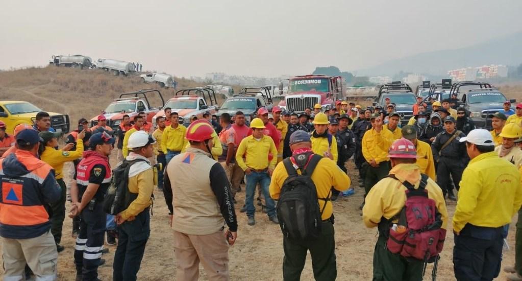 Brigadista muere en combate de incendio forestal en Tixtla, Guerrero - Brigadistas que combaten incendio en Guerrero. Foto de @PC_Guerrero
