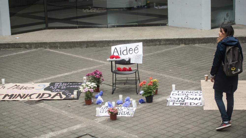 Disparo que mató a Aideé Mendoza se realizó al interior del CCH: autoridades - disparo aydeé mendoza cch oriente investigación