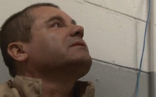 Niega abogado de 'El Chapo' sobornos a presidente hondureño - 'El Chapo' Guzmás tras ser extraditado a EE.UU. Foto de DEA