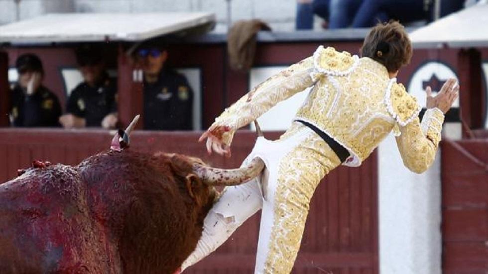#Video Torero recibe cornada por detrás en Madrid - Cornada a Juan Leal. Foto de ABC