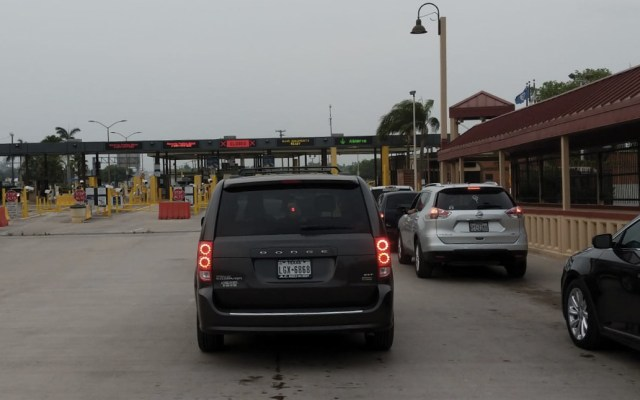 México y EE.UU. se reunirán por retrasos en cruces fronterizos - cruce fronterizo en texas